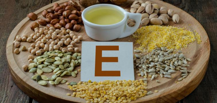 Synthetic vs. Natural Vitamin E - Explain the differences; Compare the evidence