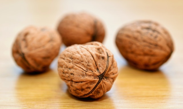 Can Food Affect Your Mood walnuts